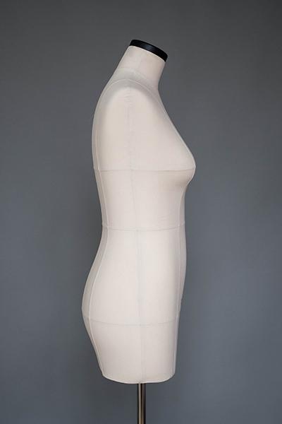 Мягкий портновский манекен 48 размера, вид сбоку